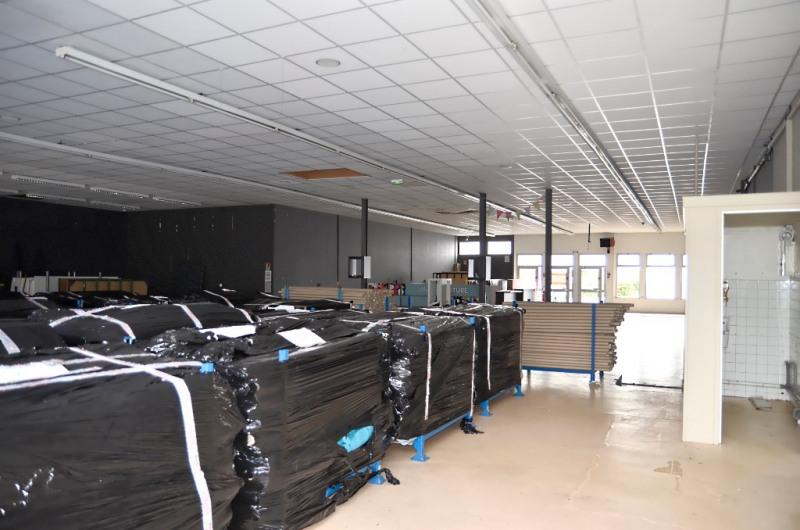 Location local commercial Quimper 2750€ CC - Photo 4