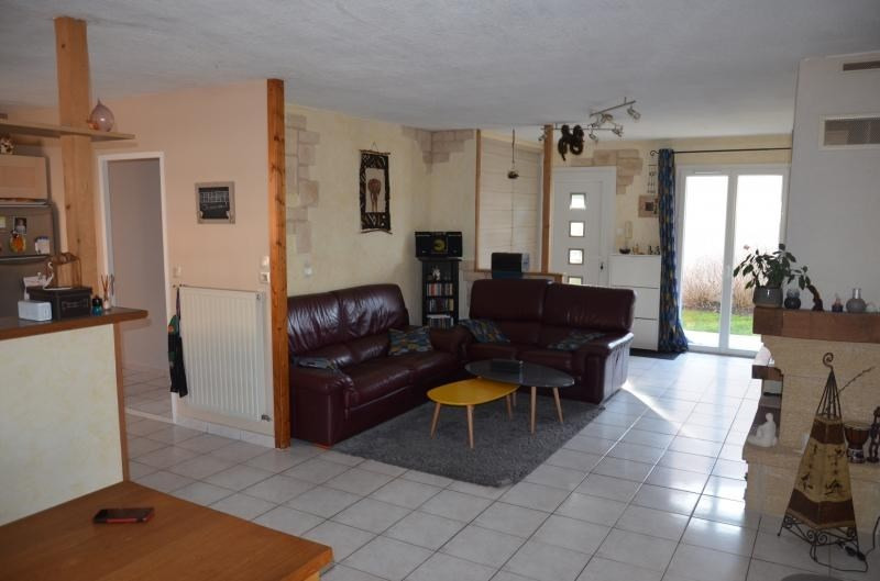 Vente maison / villa Luzinay 350000€ - Photo 3