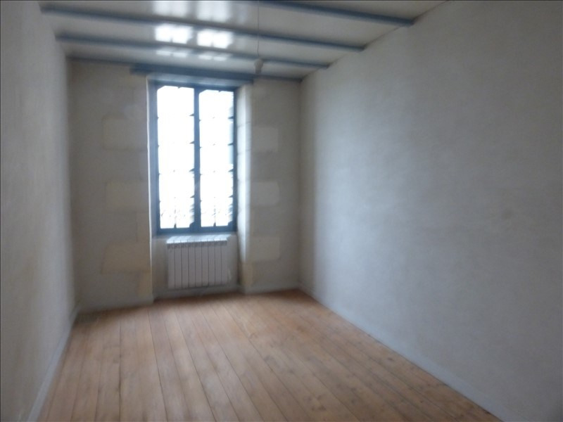 Location maison / villa Tonnay boutonne 490€ CC - Photo 5
