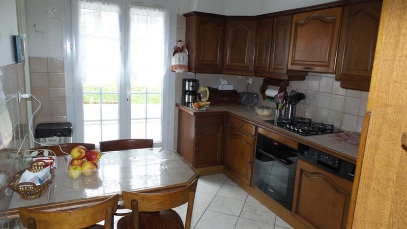 Sale house / villa Chateau thierry 282000€ - Picture 3