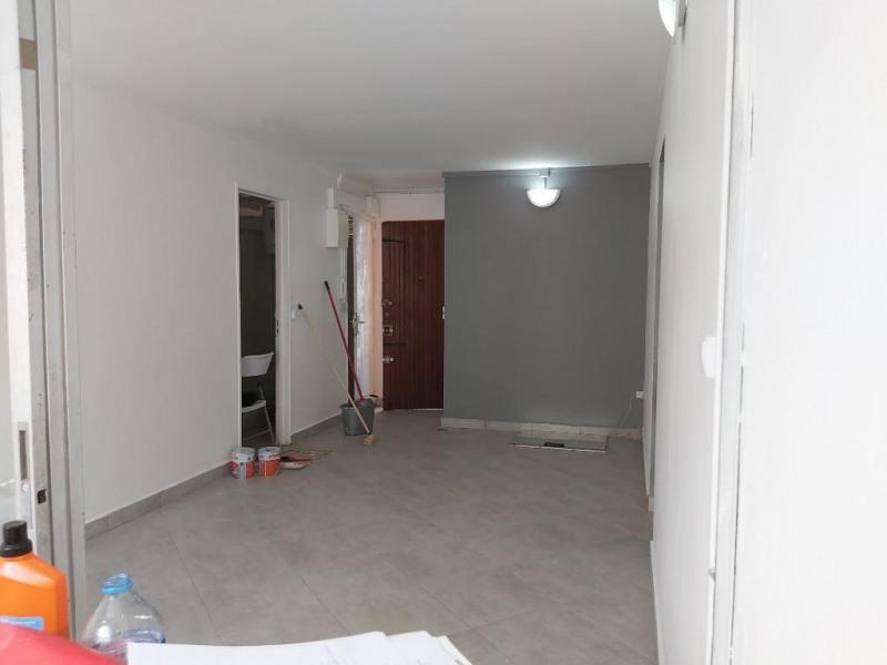 Location appartement Pointe a pitre 745€ CC - Photo 7