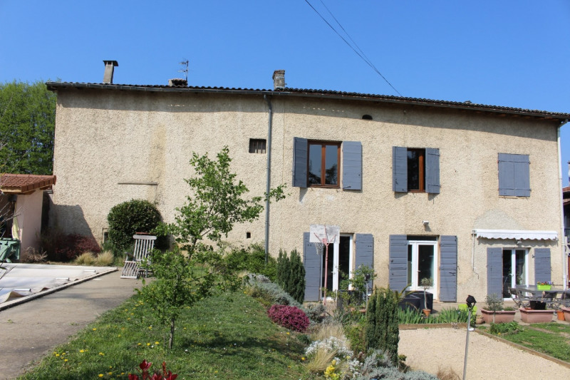 Deluxe sale house / villa Charly 585 000€ - Picture 1