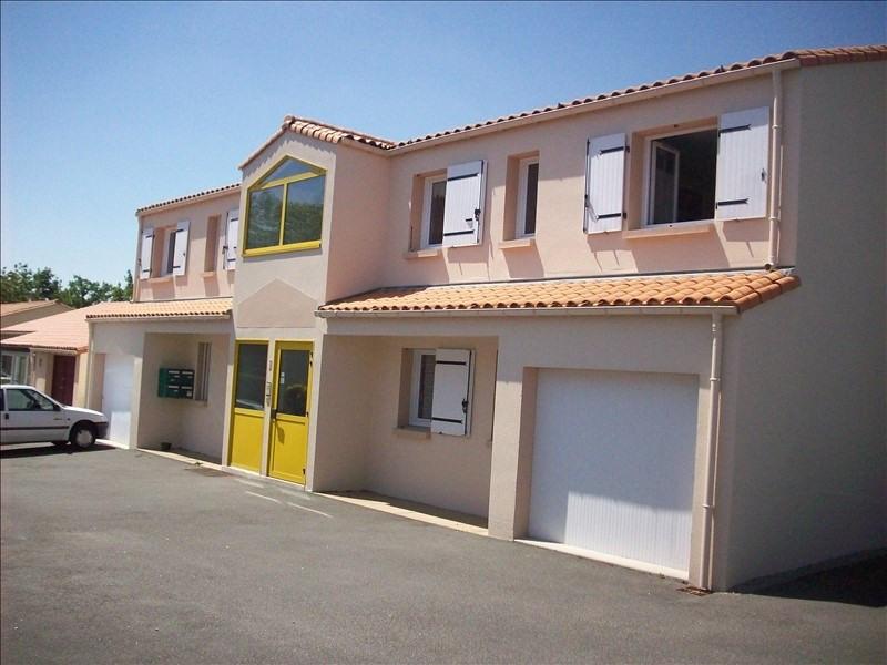 Sale apartment La roche sur yon 108000€ - Picture 1