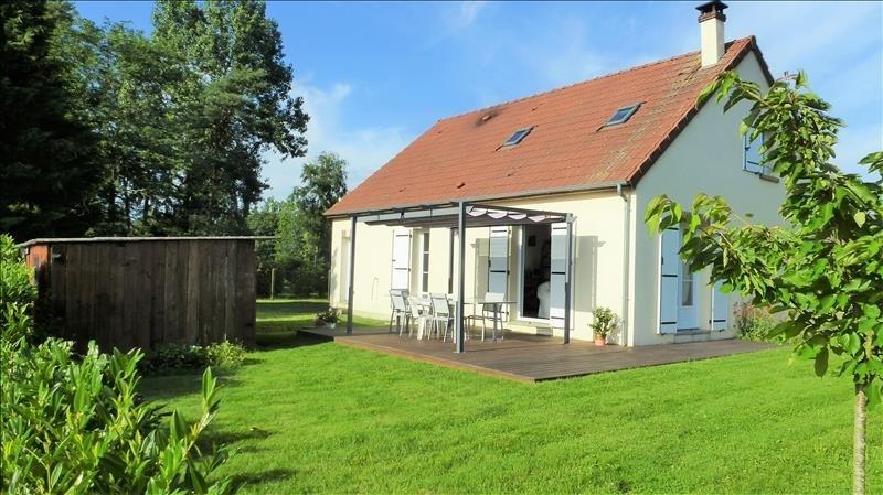 Sale house / villa Tigy 220000€ - Picture 1