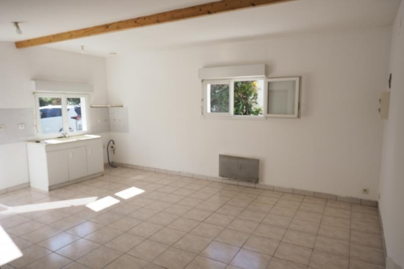 Sale house / villa Bourg sur gironde 127 000€ - Picture 4