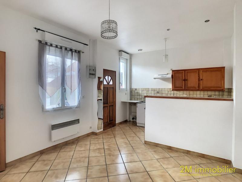 Location appartement Vaux le penil 640€ CC - Photo 1