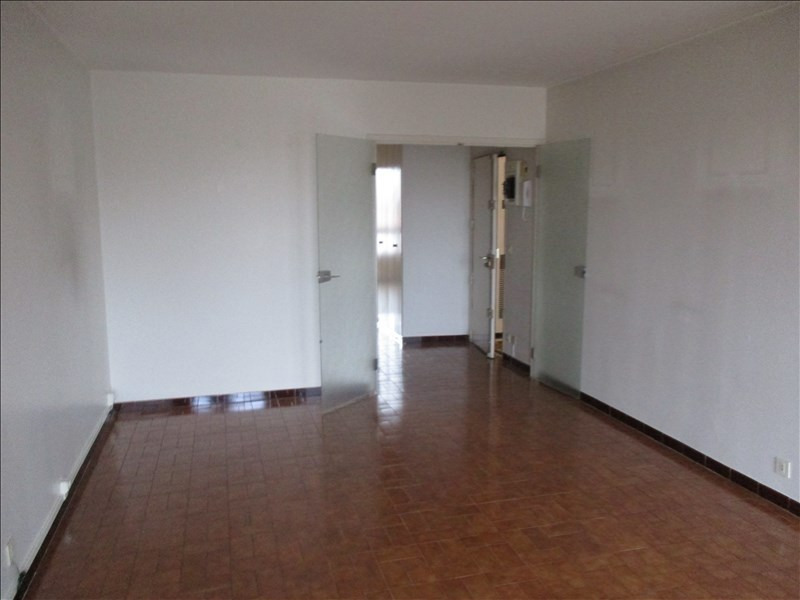 Sale apartment Roanne 109 000€ - Picture 2