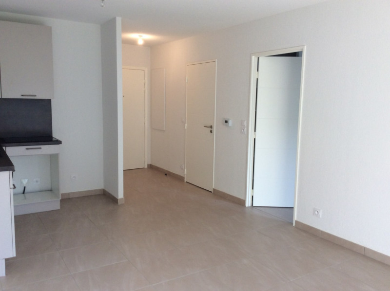 Location appartement Fréjus 793€ CC - Photo 2