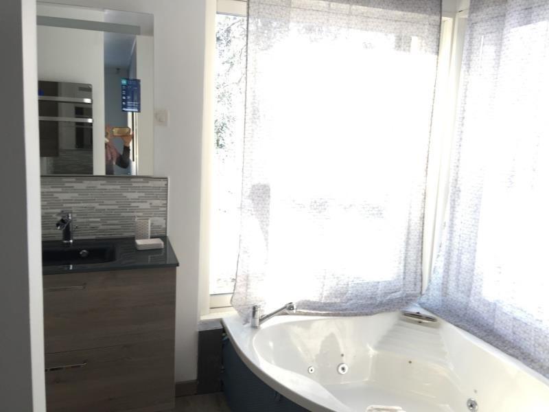 Sale house / villa Chevru 385000€ - Picture 8