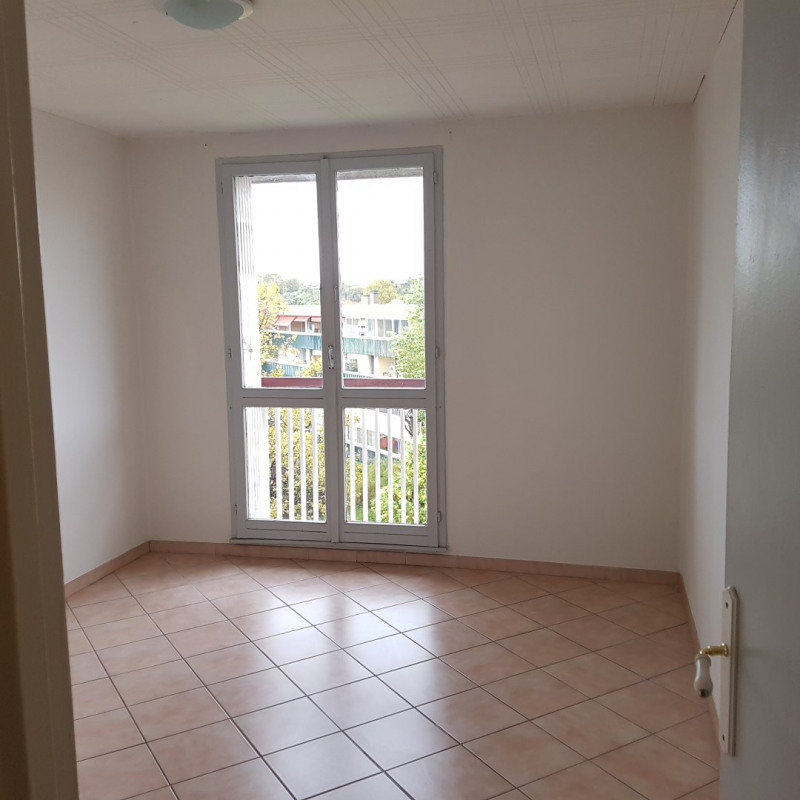 Rental apartment Aix-en-provence 860€ CC - Picture 6