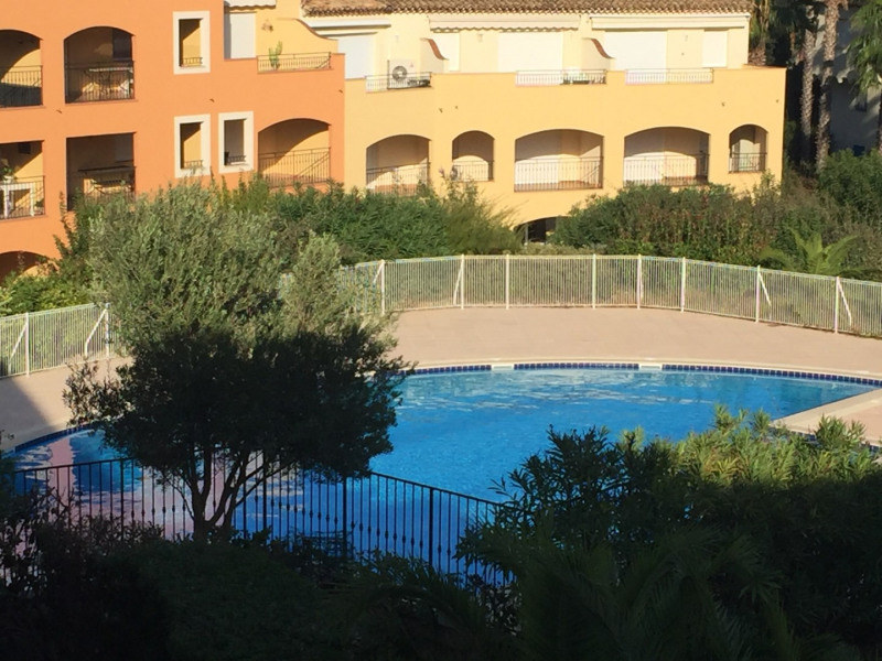 Rental apartment Cavalaire sur mer 1053€ CC - Picture 11