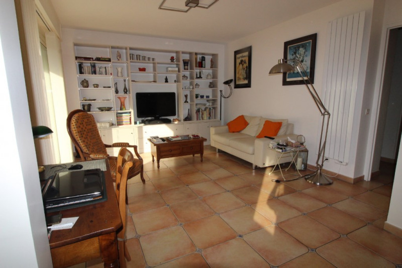Vente maison / villa Hyeres 425 000€ - Photo 2
