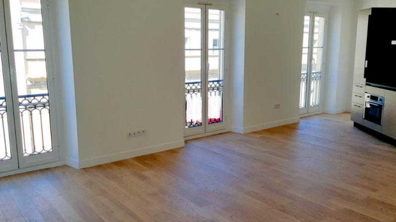 Sale apartment Nice 280000€ - Picture 1