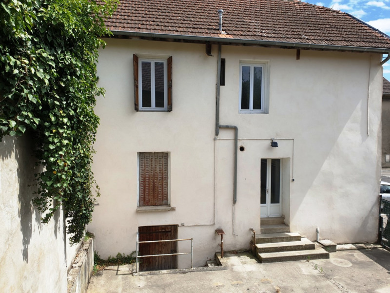 Vente maison / villa Crémieu 167 000€ - Photo 2