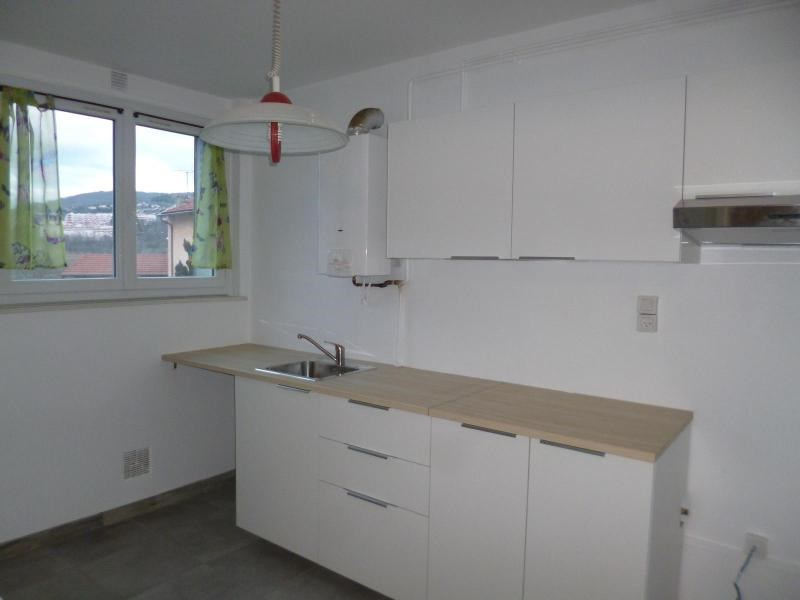Location appartement Tarare 640€ CC - Photo 2