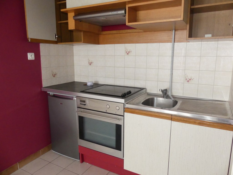 Location appartement Pont l abbe 350€ CC - Photo 2