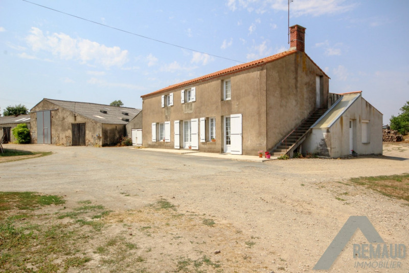 Sale house / villa La chapelle hermier 169 140€ - Picture 1