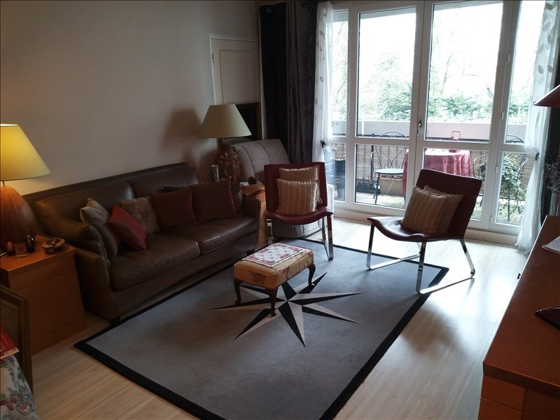 Sale apartment Garches 315000€ - Picture 1
