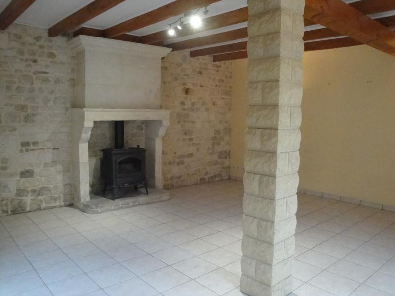 Rental house / villa Sansais 770€ CC - Picture 4