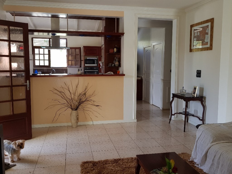Vente maison / villa Ste anne 398 000€ - Photo 5