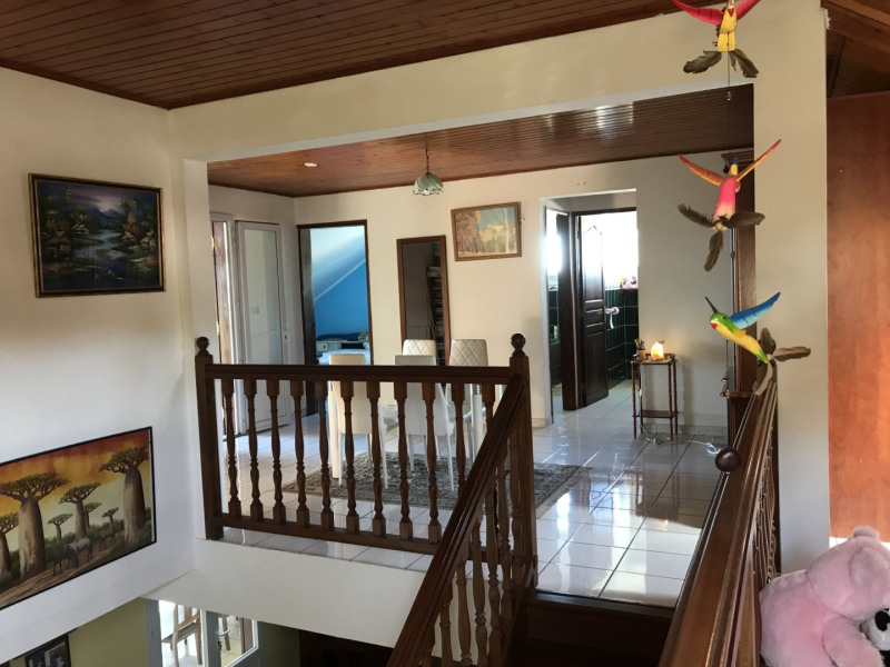 Sale house / villa Petite ile 378000€ - Picture 5