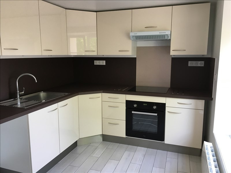 Location appartement Etrepilly 895€ CC - Photo 2