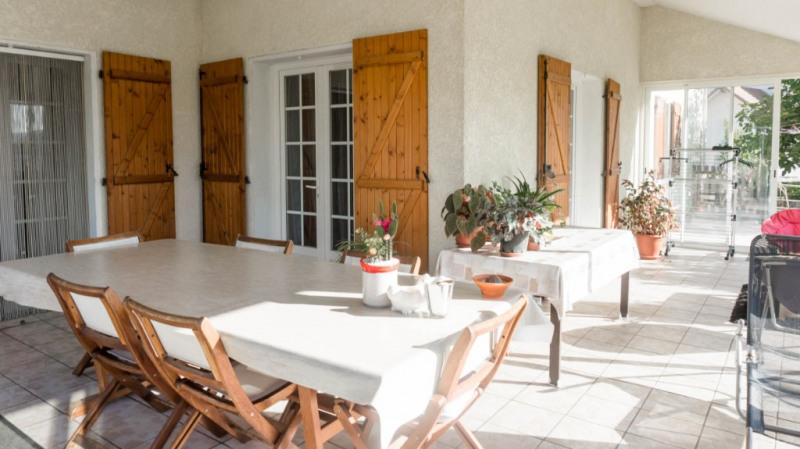 Sale house / villa Assat 300000€ - Picture 2