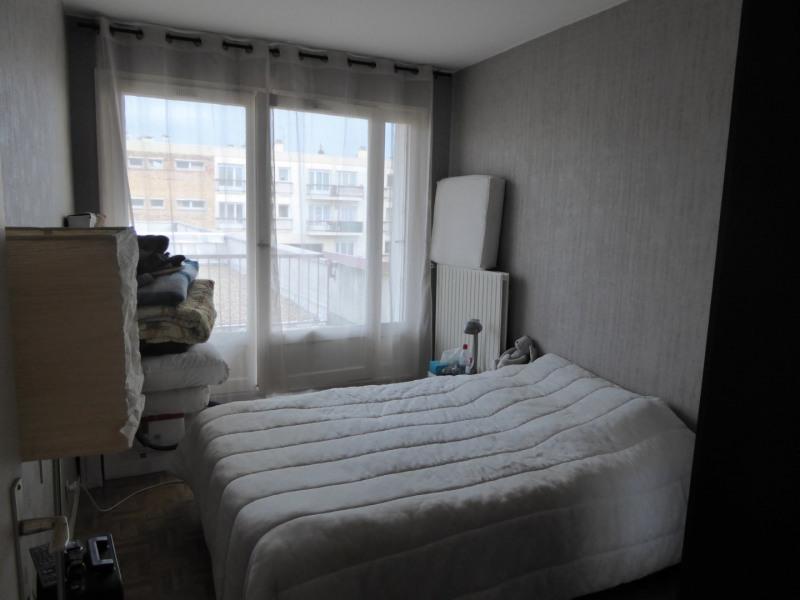 Rental apartment Maurepas 742€ CC - Picture 5