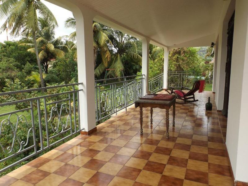 Sale house / villa Lamentin 346500€ - Picture 1