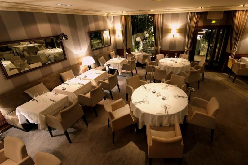 Vente fonds de commerce boutique Cannes 1210000€ - Photo 2