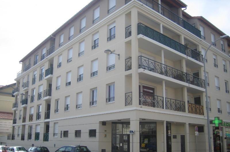 Location appartement Villefranche sur saone 735€ CC - Photo 7