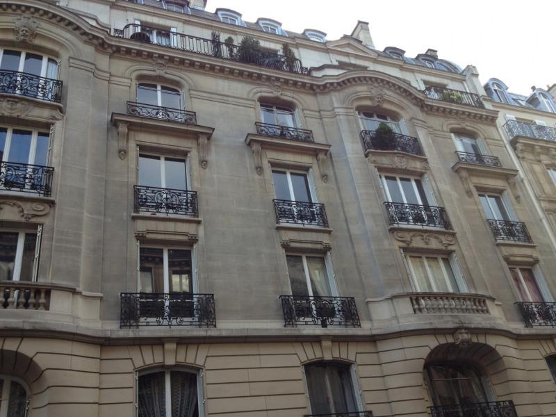 Location appartement Paris 8ème 3000€ CC - Photo 1