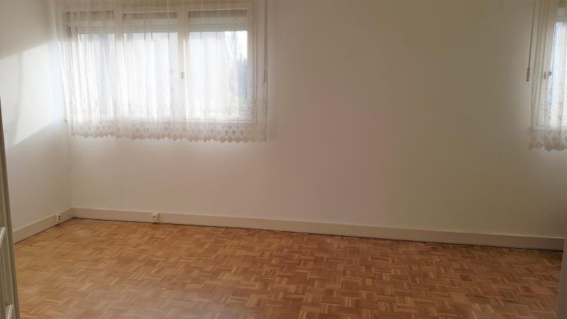 Sale house / villa La queue en brie 270000€ - Picture 3