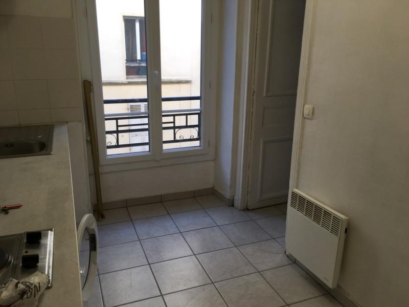 Rental apartment Paris 18ème 797€ CC - Picture 2