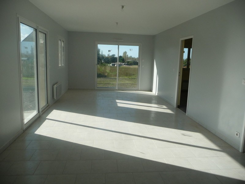 Location maison / villa Lingreville 630€ CC - Photo 3