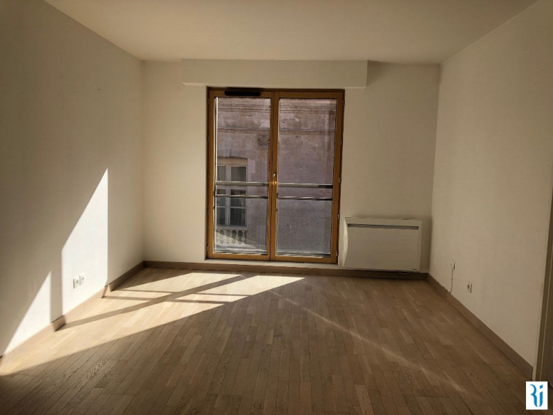 Rental apartment Rouen 880€ CC - Picture 1