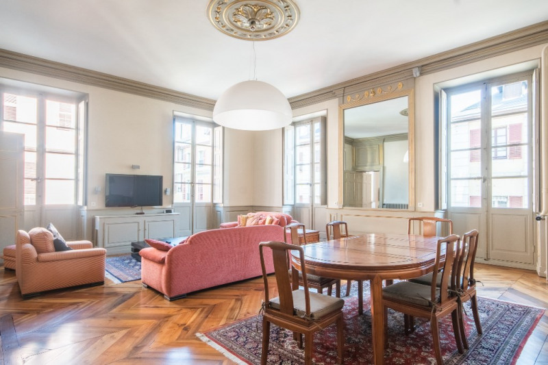 Deluxe sale apartment Chambery 799 500€ - Picture 2