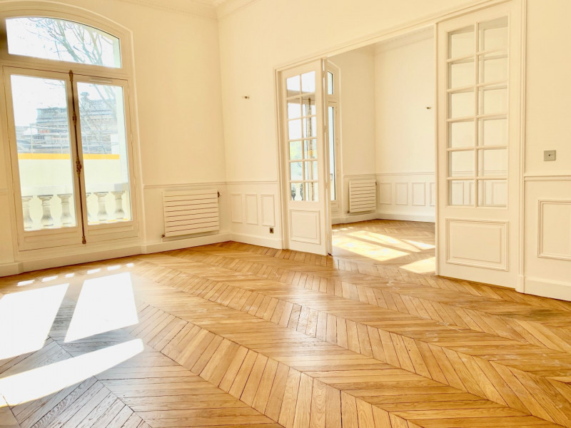 Rental apartment Paris 16ème 6 995€ CC - Picture 1