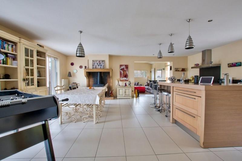 Vente de prestige maison / villa Pommiers 680000€ - Photo 5