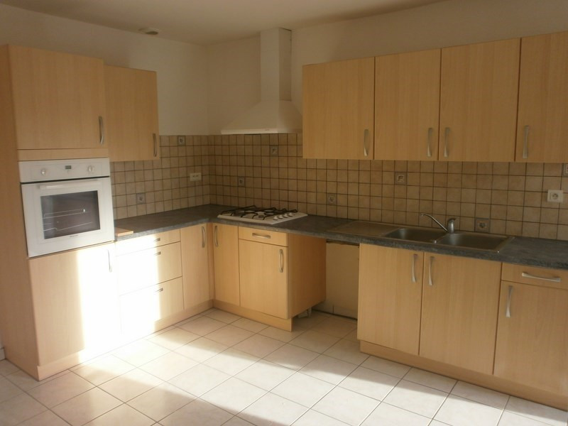 Location maison / villa Nuces 520€ CC - Photo 1