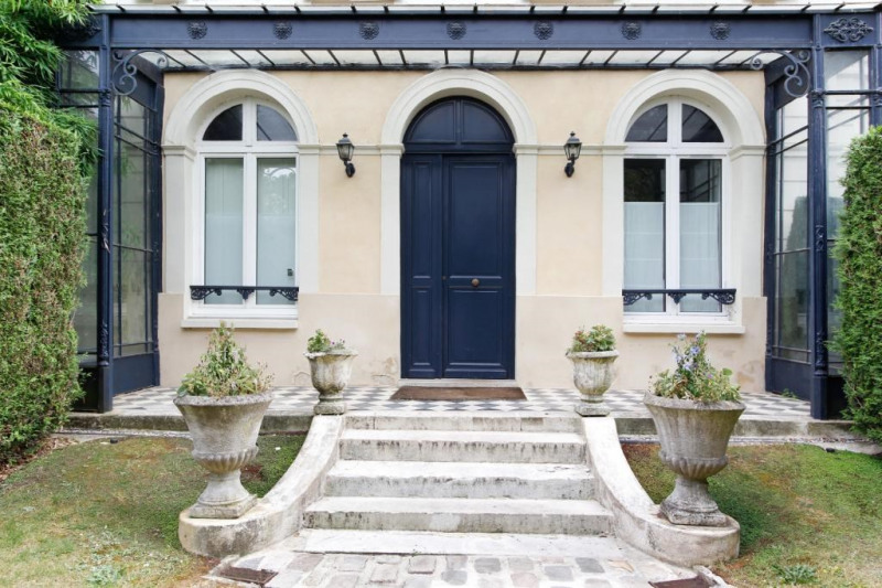 Deluxe sale apartment Bougival 730000€ - Picture 1