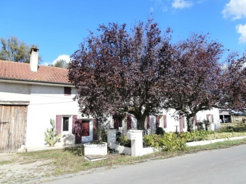 Sale house / villa Saint pierre d'eyraud 165 250€ - Picture 1