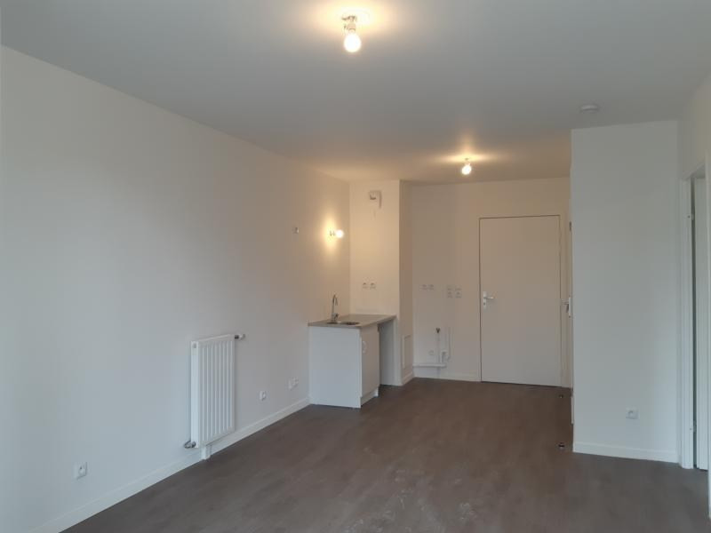 Rental apartment Evry 655€ CC - Picture 6