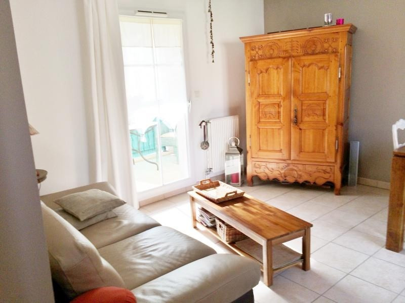 Location appartement Aubagne 980€ CC - Photo 2