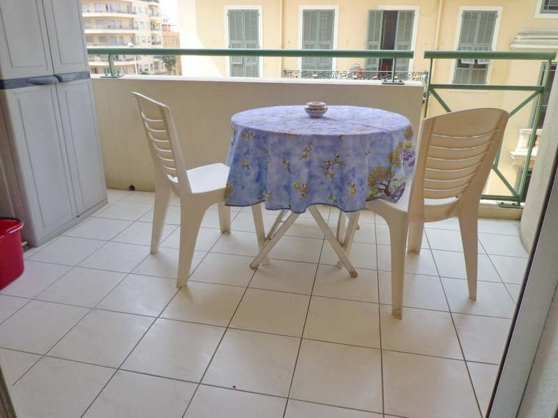 Location appartement Nice 607€ CC - Photo 2