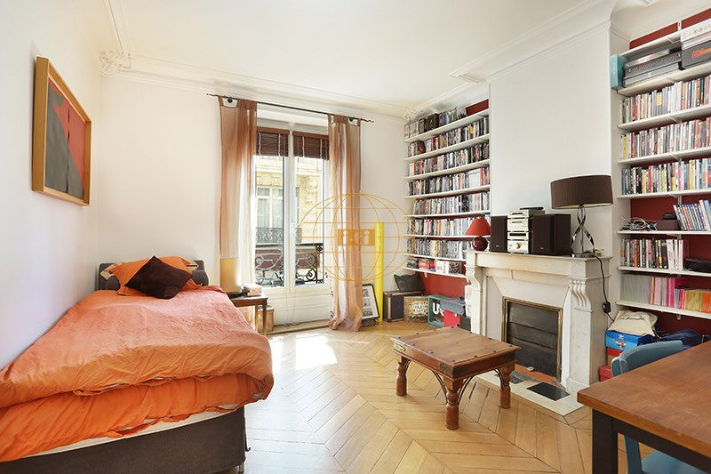 Deluxe sale apartment Paris 9ème 1 190 000€ - Picture 7