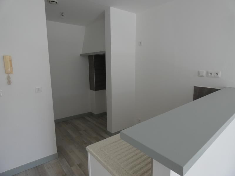 Location appartement Le teil 430€ CC - Photo 2