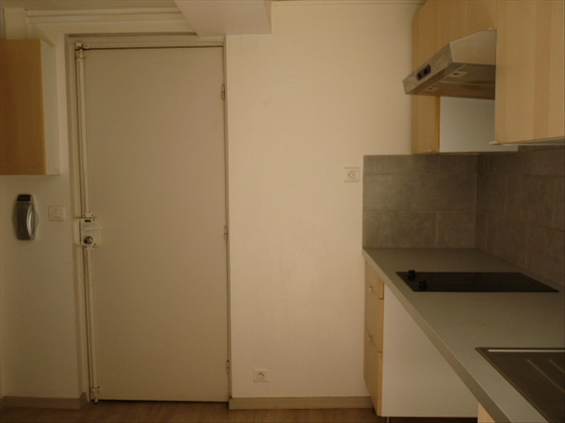 Location appartement Marseille 1er 623€ CC - Photo 6