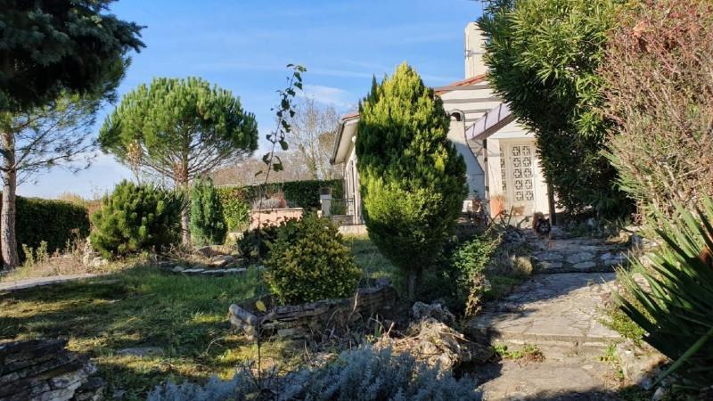 Sale house / villa Saint genies bellevue 374000€ - Picture 3