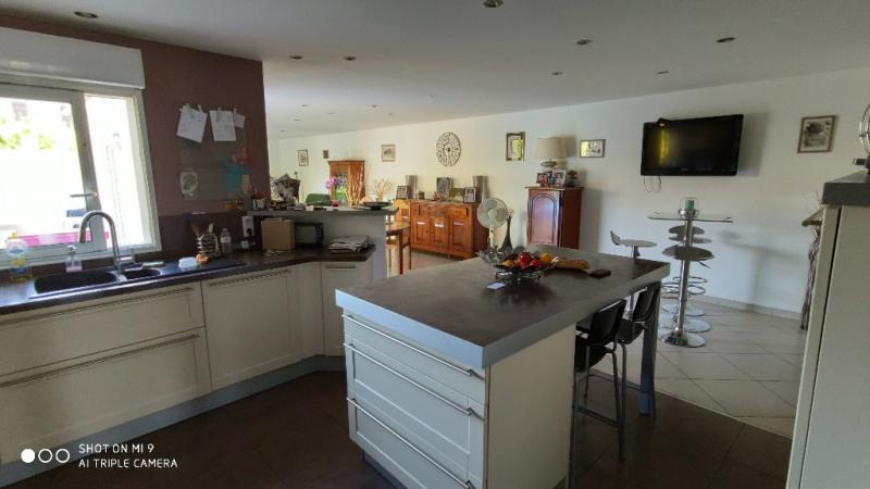 Sale house / villa Lesdins 185000€ - Picture 2